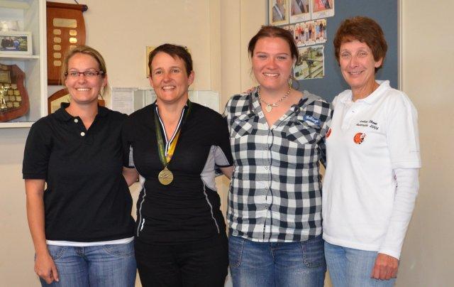 Australia NZ postal match ladies team 2011.JPG